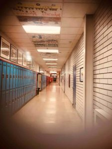 hallway_美國_高中_校園_社交_生活